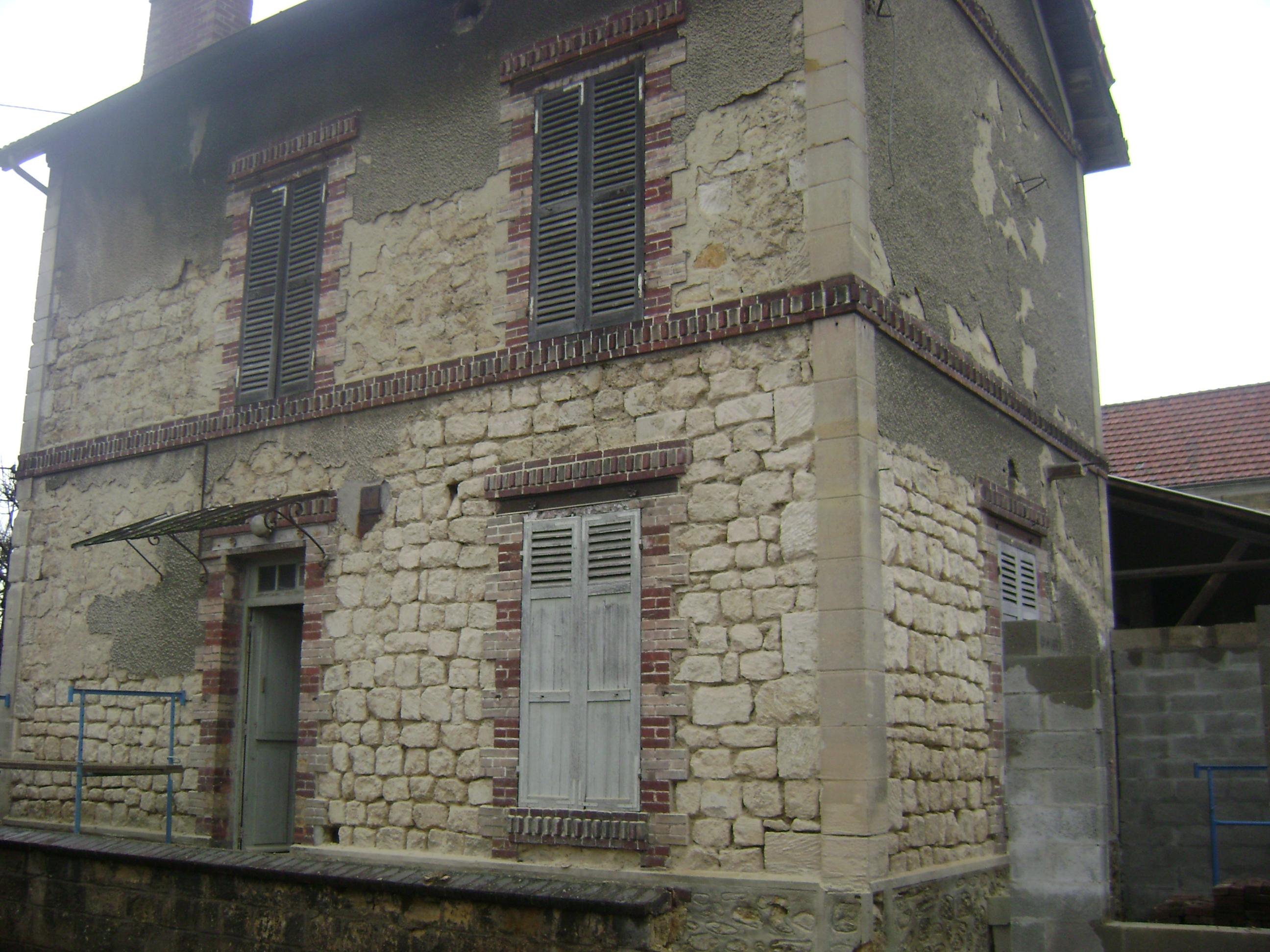 Ma onnerie facade en pierre et extension de maison saint for Extension maison 95